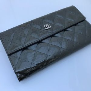 Chanel Women Clutch Wallet Patent Leather Purse